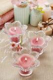 Roze bemerkte kaarsen in de houders van de glaskaars Royalty-vrije Stock Afbeelding