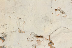 Roze concrete muur met krassen en schade abstracte achtergrond Stock Fotografie