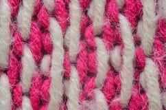 Roze en Biege Gebreid Textuurclose-up Royalty-vrije Stock Foto's