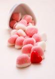 Roze gelei of heemst met suiker op lijst Royalty-vrije Stock Afbeeldingen