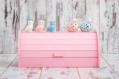 Roze Houten Brooddoos voor Brood het Houden Royalty-vrije Stock Foto's