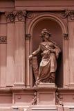roze marmeren standbeeld van vrouwen Stock Afbeeldingen