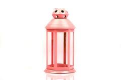 Roze, rode lantaarn Kandelaar in de vorm van retro lamp Stock Foto