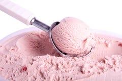 Roze roomijslepel stock afbeelding