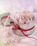 Roze schuimgebakjekoekjes Stock Afbeelding