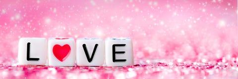 Roze Valentine Heart Beads stock fotografie