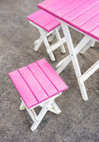 Roze Zetels en Lijst - Straatbar Stock Fotografie