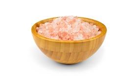 Roze zout van het Himalayagebergte in houten kom Royalty-vrije Stock Fotografie