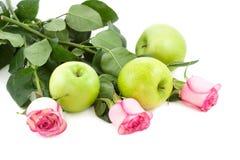 Rozen en appelen Stock Foto