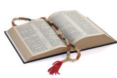 Rozentuin en bijbel Royalty-vrije Stock Afbeeldingen