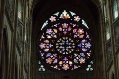 Rozetoverdrukplaatje van St Vitus Cathedral in Praag Stock Foto's