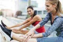 Rozgrzewkowy dla jogging up zdjęcia royalty free