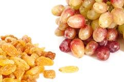 Rozijnen en druiven Royalty-vrije Stock Afbeeldingen