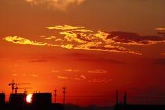 Rozjarzeni promienie błyszczą w wszystkie kierunkach. Fotografia Stock