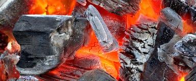 Rozjarzona Gorąca węgla drzewnego tła tekstura fotografia royalty free