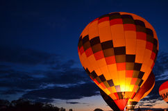 Rozjarzony gorące powietrze balon obrazy stock