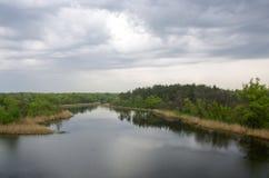 Rozlewa rzekę Fotografia Royalty Free