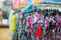 Rozmaitość bikini na stojakach w centrum handlowym Zdjęcie Royalty Free