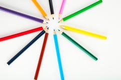 Rozmaitość drewniani kolorów ołówki, odizolowywająca Fotografia Stock
