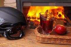 Rozmyślający win après narciarscy Fotografia Stock
