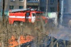 Rozmyty samochód strażacki zdjęcia stock