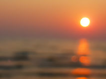 Rozmyty scenka zmierzch z oceanu ` s fala Zdjęcie Stock