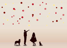 Rozochoceni dzieci z kolorowymi piłkami Zdjęcie Royalty Free