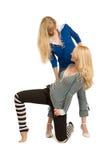 rozochocone dwie dziewczyny Zdjęcia Royalty Free