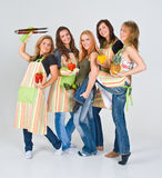 rozochocone dziewczyny kucbarskie przygotowania Zdjęcie Stock