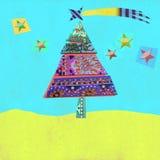 Rozochocony krajobraz z choinką i gwiazdami, kartka z pozdrowieniami Obraz Royalty Free