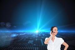 Rozochocony mądrze centrum telefoniczne agenta działanie Zdjęcie Stock