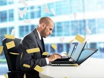 Rozpacz i stres dla spama emaila zdjęcia stock