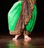 Rozpada się fotografię tancerz nogi cropped, tylko, indyjski tancerz Zdjęcia Royalty Free