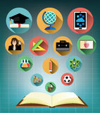 Rozpieczętowana książka z Nowożytnymi płaskimi edukacj ikonami ustawiać ilustracji
