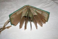 Rozpieczętowany mały notatnik z kieszeniami Zdjęcia Royalty Free