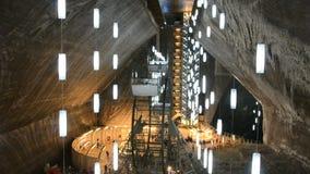Rozrywki strefa w solankowej kopalni Turda, Cluj, R zbiory wideo