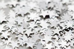 Rozrzuceni połyskuje gwiazda confetti zdjęcie stock