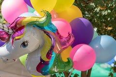 Rozsypisko kolorowi balony obraz stock