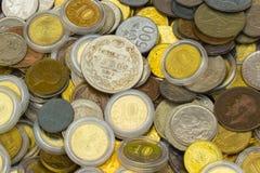 Rozsypisko stara brudna kolekcja monety dla sprzedaży Zdjęcie Stock