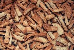 Rozsypisko wysuszeni chlebowi kawałki Zdjęcie Stock