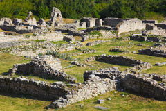 rozszczepiać stare Croatia ruiny Obrazy Royalty Free