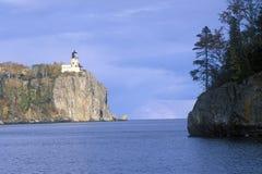 Rozszczepiona Rockowa latarnia morska w Rozszczepionym Rockowym latarnia morska stanu parku na Jeziornym przełożonym, MN Obraz Royalty Free