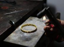 Roztapiająca złocista biżuteria gazem Zdjęcie Stock