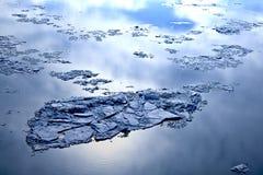 Roztapiający lód Zdjęcia Stock
