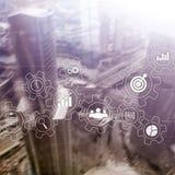 Rozwój biznesu automatyzaci pojęcie Przekładnie i ikony na abstrakcjonistycznym tle Obrazy Royalty Free