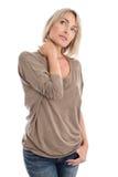 Rozważna i smutna odosobniona w średnim wieku kobieta nad białym backgro zdjęcie royalty free