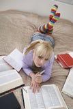 Rozważny Studencki uczenie W łóżku Obrazy Stock
