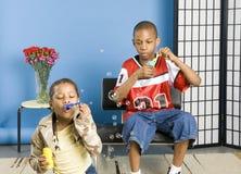 rozwalić pęcherzyków dzieci obrazy royalty free
