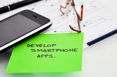 Rozwija smartphone apps Zdjęcia Royalty Free