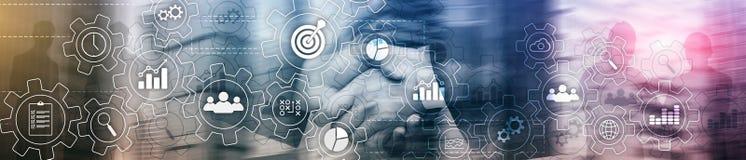 Rozwoju biznesu abstrakcjonistyczny diagram z przekładniami i ikonami Obieg i automatyzaci technologii pojęcie Strona internetowa obrazy royalty free